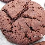 Çikolatalı çatlak kurabiye