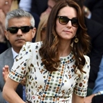 Kate Middleton: Alexander McQueen Obsession Elbise