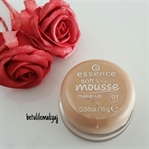 Essence Soft Touch Mousse Köpük Fondöten