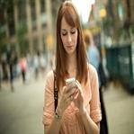 iPhone'a Benzeyen Samsung Telefonu