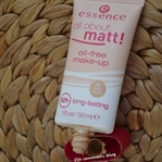 Essence All About Matt! Yağsız Fondöten