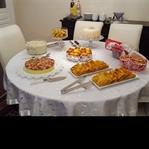 Minik Bir Kutlama Masası