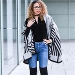 Outfit: Samt Body, Overknees und Zara Cape