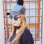 Siyah Choker Kazak ve Ponponlu Deri Beyzbol Şapka