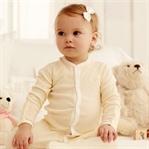 Bebeğinize sağlıklı giysileri böyle seçin!
