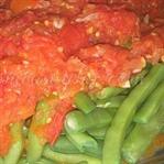 Domates Soslu Fasulye Salatası Tarifi