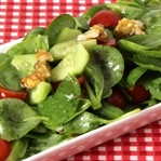 Domatesli Semizotu Salatası Tarifi