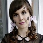 Halloween Broken Doll Make-Up Tutorial