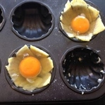 Kek Kalıbında Pastırmalı/Patatesli Yumurta Tarifi