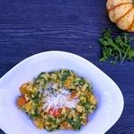 Kürbis Risotto mit Rucola, Parmesan und Mandeln