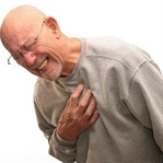 Göğüs Neden Ağrır? Göğüs Ağrısı Nasıl Geçer?
