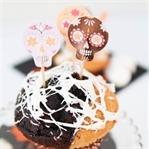 Spinnweben-Cupcakes für Halloween