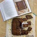 Bir Brownie Yaptım, Kafanı Gömer Uyursun