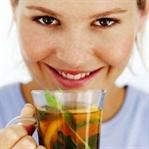 Bitki ve meyve çayı içmenin 10 önemli nedeni