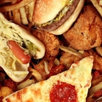 Sofralarda işlenmiş gıdalar eksik olmuyor