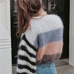 TREND: OVERSIZED KNIT SWEATERS