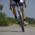 Triatlon ; Yüzme , Bisiklet , Koşu