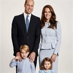 Kraliyet Ailesi'nden Noel fotoğrafı