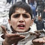 Noel Babanıza Söyleyin Bu Sene Suriye Ve Filistine