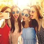 Sürekli Selfie Çekmek Hastalık mı?