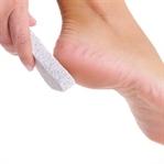 Topuk Çatlaklarının Nedenleri ve Tedavisi