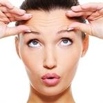 10 Basit Yöntemle Göz Kırışıklığı Giderme