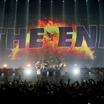 Black Sabbath Son Konserini Verdi