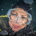 Ein kaltes Vergnügen: Eistauchen im Weißensee
