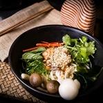 Exzellente thailändisch interpretierte Küche
