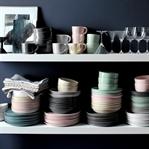 Sade ve Modern Porselenleri Evinize Taşıyın