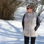 In Pelzweste durch das Winterwunderland