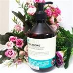 Insight Yağlı Saçlar İçin Dengeleyici Şampuan