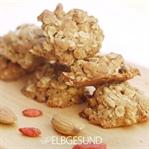 Knusper-Kokos-Cookies mit Mandeln und Goji Beeren