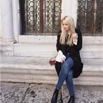 Statement Sweater Streetstyle á la Rome