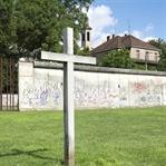 Berlin… Duvara Karşı