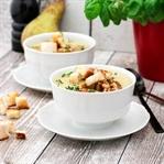 Blumenkohlsuppe mit Birne und Walnüssen