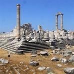 Medusa ile Ünlü Didim Apollon Tapınağı