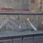 Pompei: Lavların Zamanı Durdurduğu Şehir