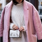ROSA MANTEL & OUTFIT IN PASTELL