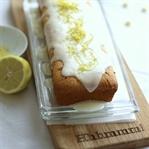 Zitronenrührkuchen mit Mohn und Lemoncurd