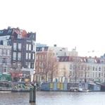 Amsterdam:Von schiefen Häusern, Grachten und Essen