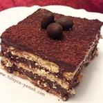 Çikolatalı Kolay Bisküvi Pastası