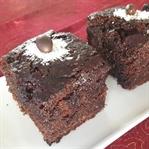 Kakaolu Islak Kek (Pasta Kıvamında)