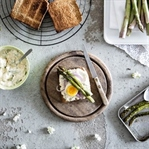 Spargel Eier Salat auf Toast