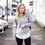 Sweater mit Schnürung x Sternchen Sneaker