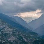 Albanische Alpen: Liebe 2.0 und ein toter Hammel