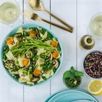 Grüne Pasta-Pfanne mit Pistazien-Pesto