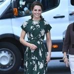 Kate Middleton: Rochas Çiçekli Elbise