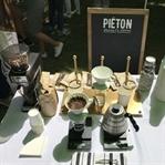 Kokusunda Aşk Var, Pieton Coffee