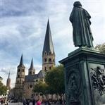 Kurztrip Bonn: Kirschblüte, Beethoven & Genuss